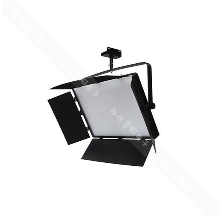 LED影视平板灯和三基色棒管灯区别在哪里(图1)