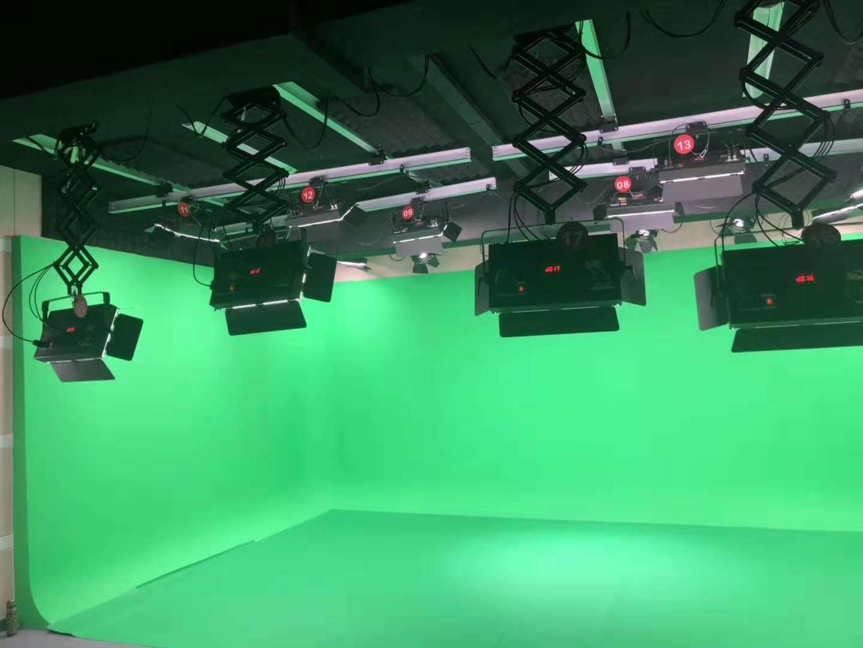 演播室抠像蓝箱一定需要铺抠像地胶吗