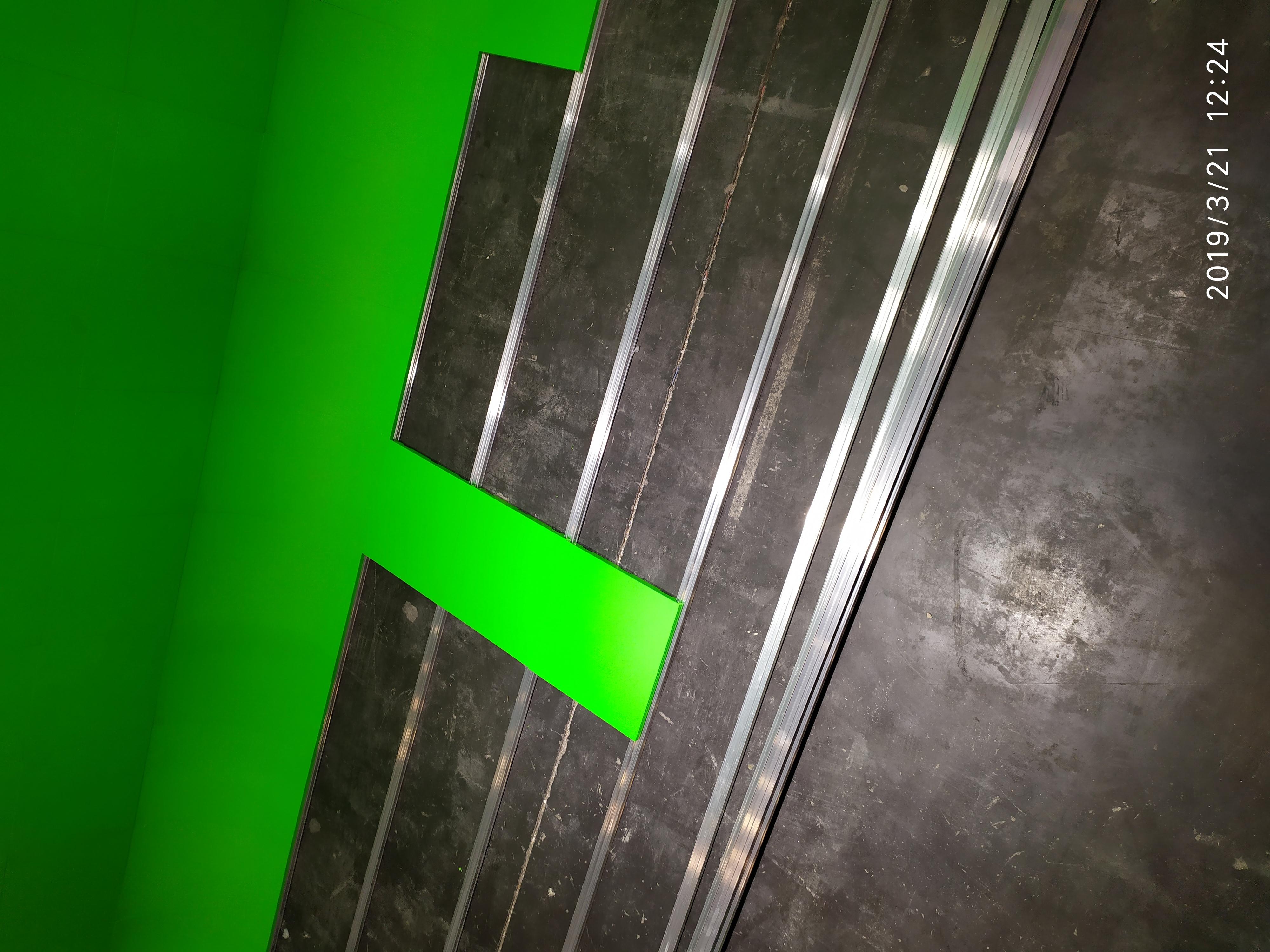 演播室抠像蓝箱一定需要铺抠像地胶吗(图2)